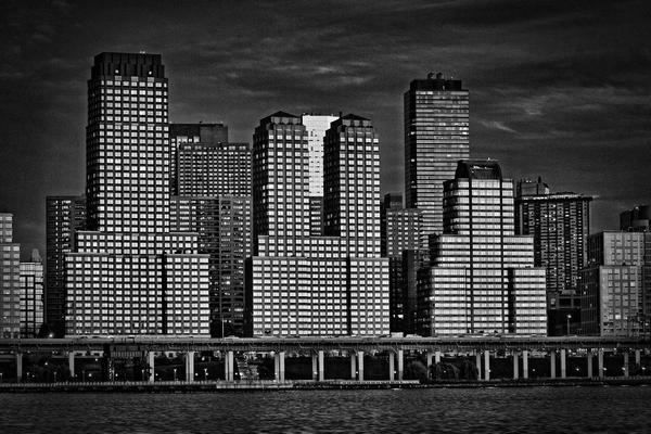 New-York-sunset-black-white